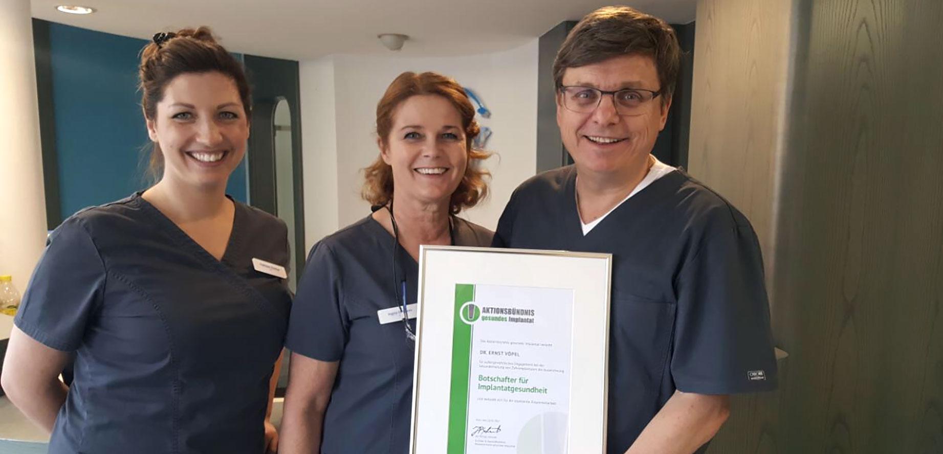 Botschafter für Implantatgesundheit: Dr. .Ernst Vöpel